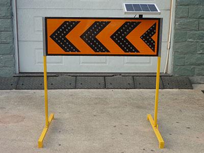 custom led arrow board